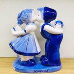 souvenir kussend paartje delfts blauw